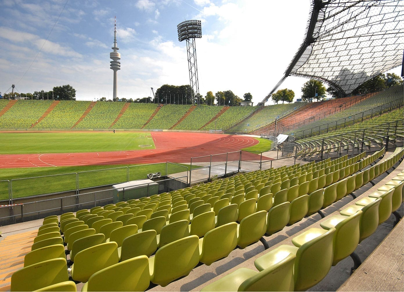 Olympia_Stadion_Muenchen_1_small-1