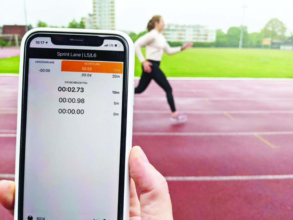 smart run with runner in the background print