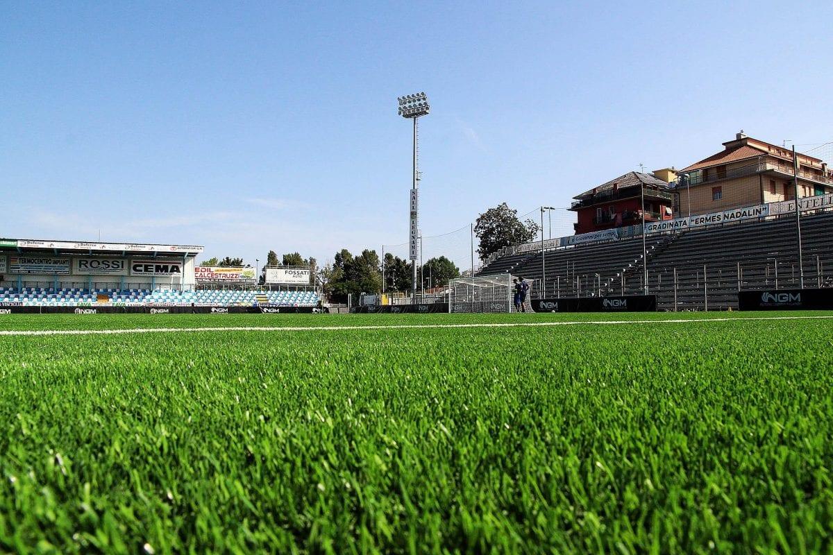 Det bästa konstgräset i Serie B